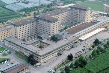 Bolzano. Cene di reparto pagate dalle case farmaceutiche