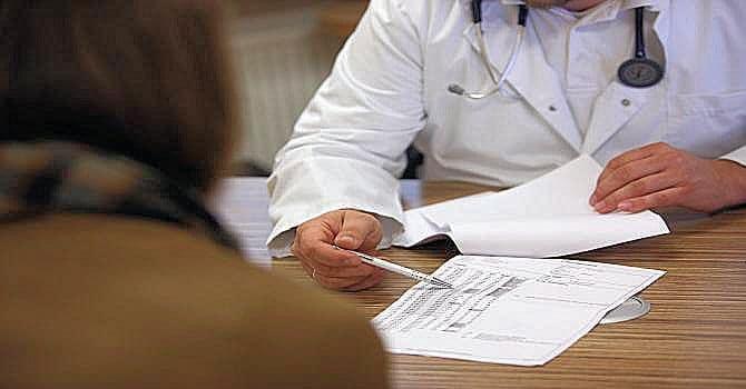 Farmaci: troppe sigle e abbreviazioni, ricette illeggibili anche scritte al pc