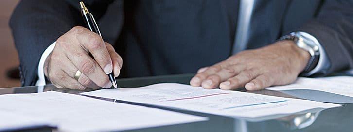 Settore chimico-farmaceutico, firmato l'avviso comune. Istituzione di un fondo di solidarietà