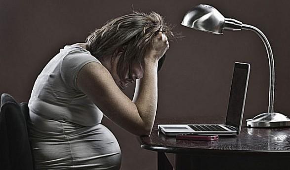 Lecce. 'Invitata' a licenziarsi quando era incinta: discriminata per la gravidanza viene risarcita