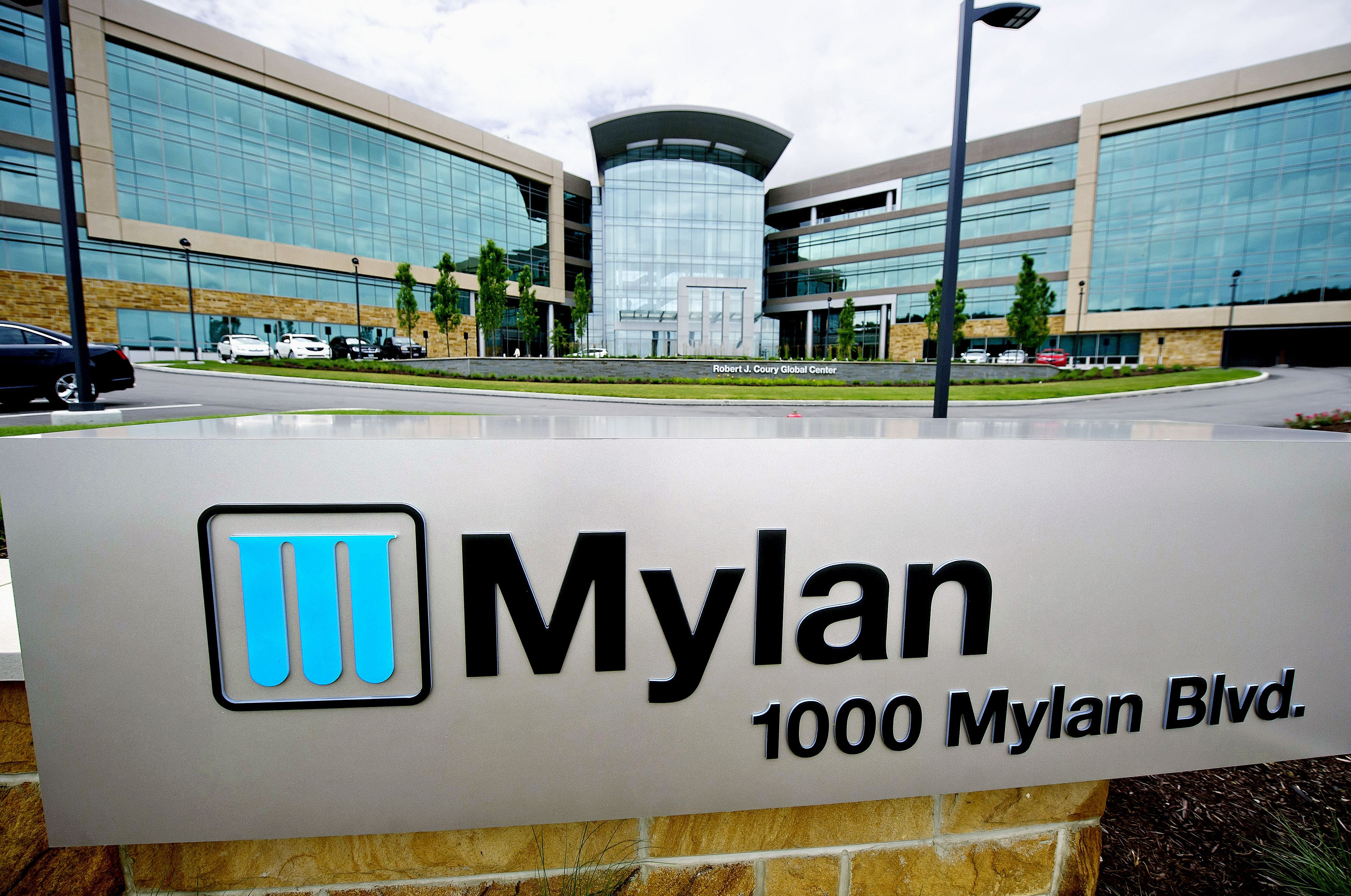 Mylan lancia il generico di Copaxone: è crisi per Teva