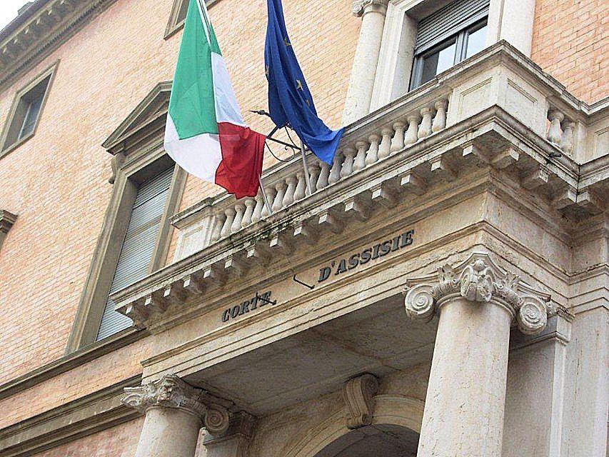 Scandalo di Parma. Coinvolto infermiere presidente IPASVI. Non di dimette