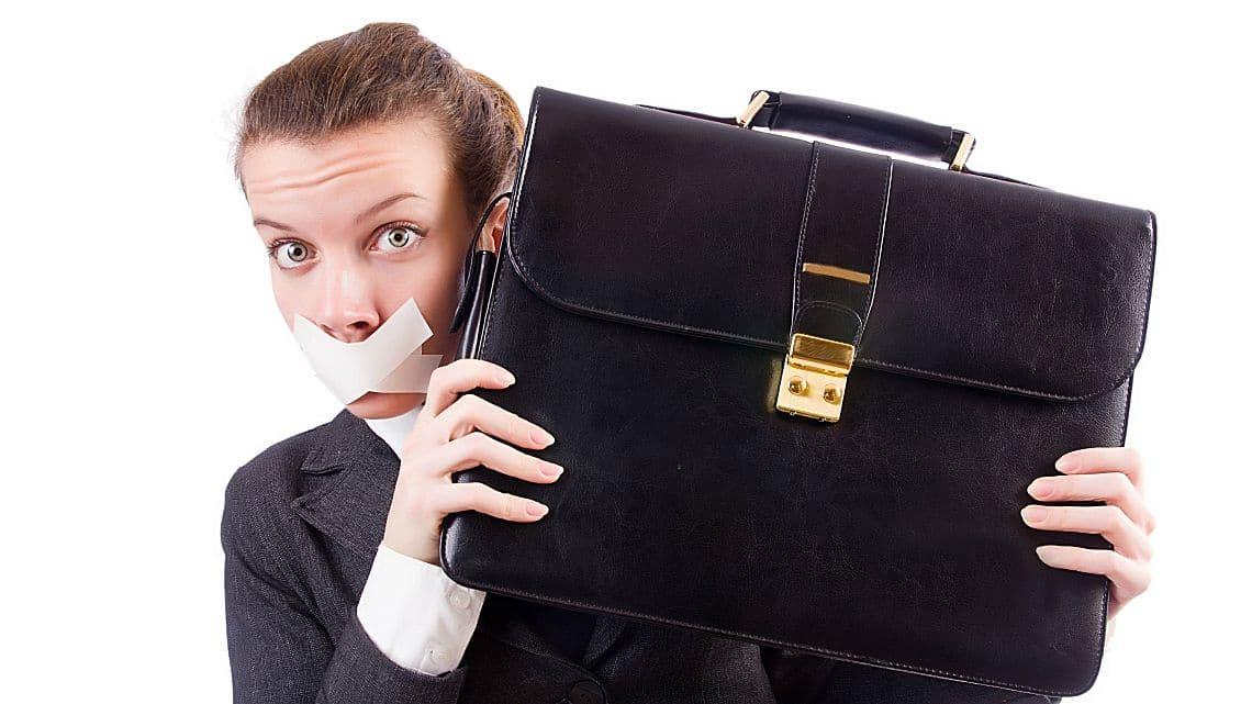 Whistleblower è legge. Chi denuncia illeciti aziendali non potrà essere licenziato o discriminato