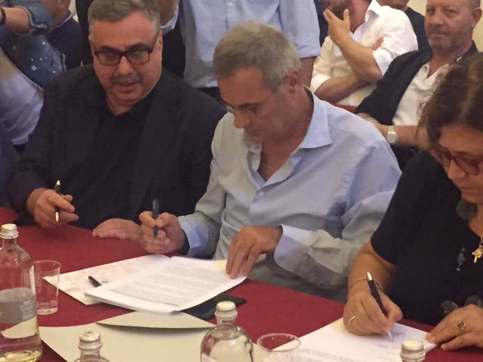 Firmato il CCNL Chimici. Istituito l'Osservatorio della Farmaceutica che si occuperà di gestire i cambiamenti dell'informazione scientifica. Tutto rimandato per gli ISF