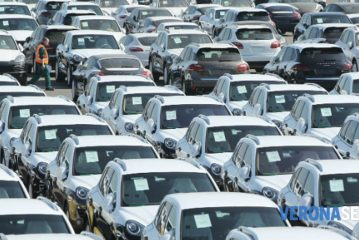 Legge di bilancio. Se approvata aumenteranno le tasse per l'uso privato delle auto aziendali in leasing. MEF: tassa al 60%