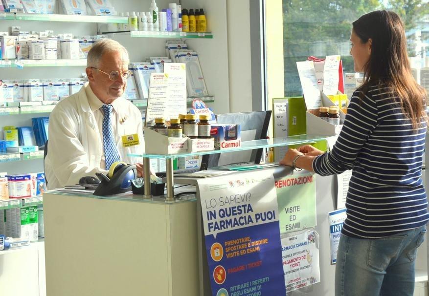 """Farmacia dei servizi e Dpc, raggiunto l'accordo in Emilia Romagna. Nasce la """"Farmacia di fiducia"""" e la consegna a domicilio"""