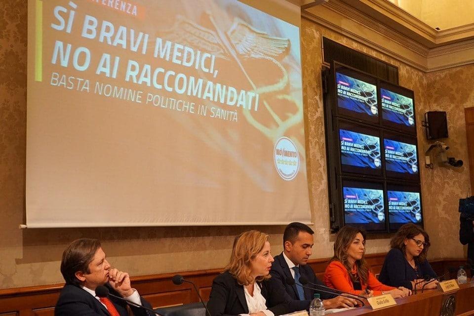 Sanità: Grillo, 'Corruzione altissima, rescindere legame con politica'. N.d.R.: sorpresa, gli ISF non c'entrano!