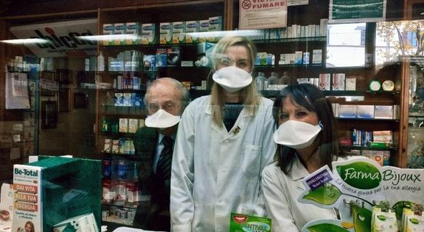 Carenze antimalarico Plaquenil, Sanofi rassicura ma invita all'uso solo se considerato essenziale