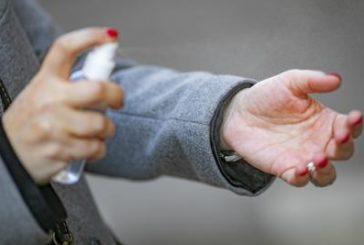 Coronavirus. Menarini donerà tonnellate di gel disinfettante. Ma ci sono aziende farmaceutiche che licenziano