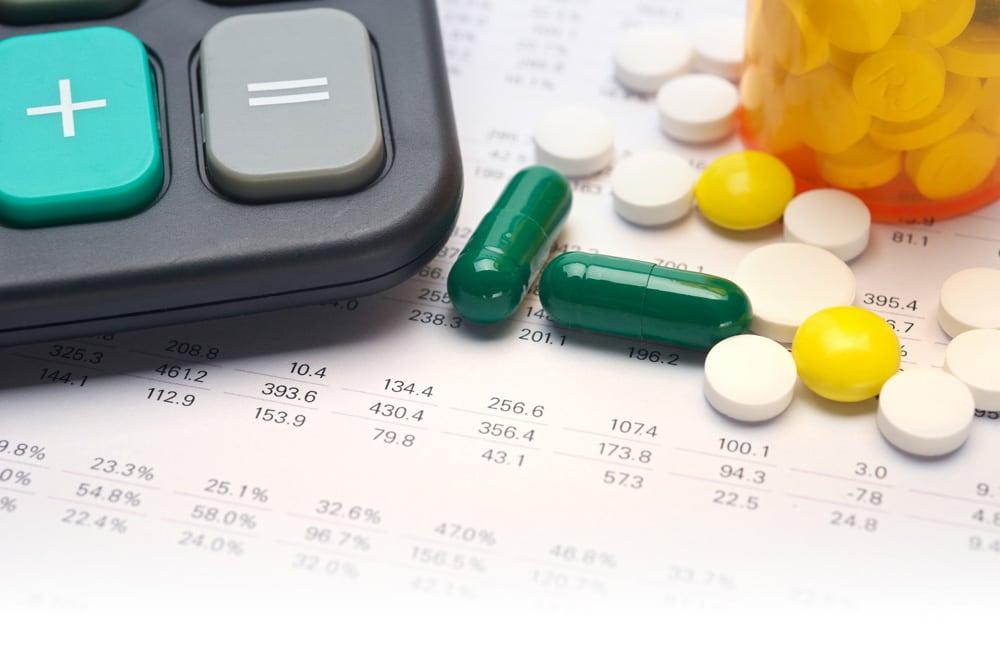 Farmaci, l'Italia è il primo Paese che attua la risoluzione dell'Oms per la trasparenza di Big Pharma: primo step per prezzi più bassi