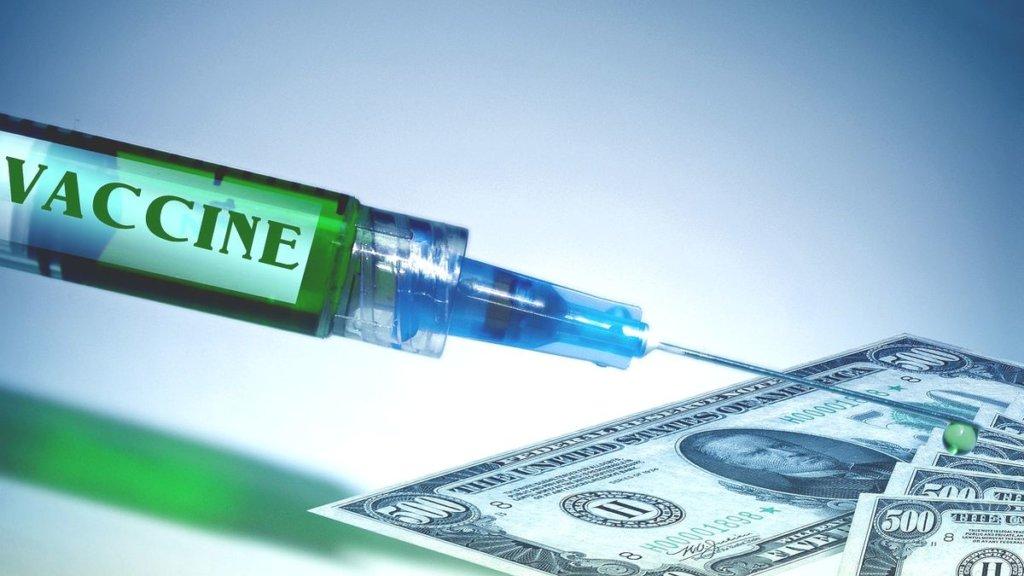 Coronavirus, ecco le caratteristiche e i prezzi dei candidati vaccini